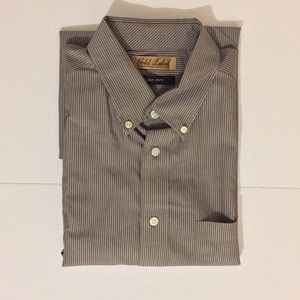 Roundtree and Yorke Men's Shirt
